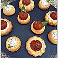 Bouchées tomate basilic sur son moelleux aux noix
