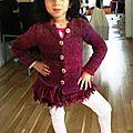 gilet katia à franges 6 ans un peu juste en largeur dos et sous les bras
