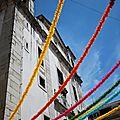 Courbes colorées dans la mouraria