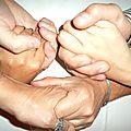 Main dans la main...