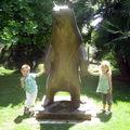 il est géant cet ours !