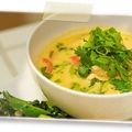 Soupe thaï de poulet et crevettes au galanga