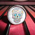 Support bague réglable argenté, cabochon en verre de 18 mm et image digitale : tête de mort mexicaine