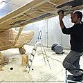 Avion_Laval_parachutisme_peinture_aeronautique_graffeur_artiste_personnalise_decoration_scotch_courbe_france_normandie_lemans_calvados_aeroport_cesna_206