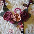 collier roses lainage 008