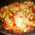 Nouilles de riz sautees au poulet -