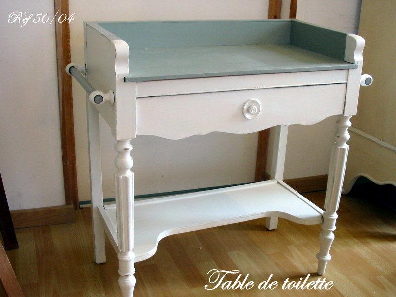 table de toilette tendance peinture et patine. Black Bedroom Furniture Sets. Home Design Ideas