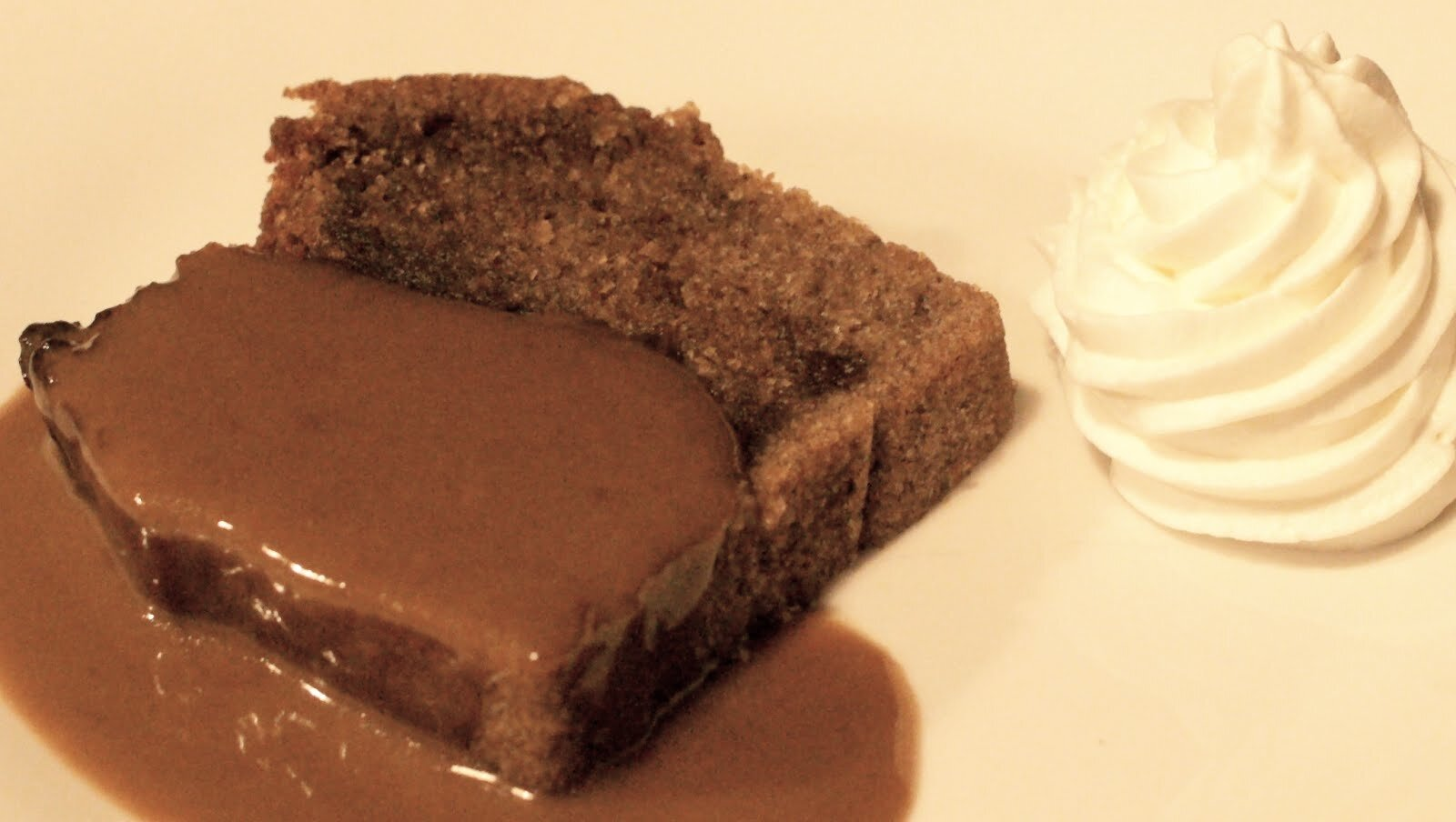 LE STICKY TOFFEE PUDDING AU MUSCOVADO