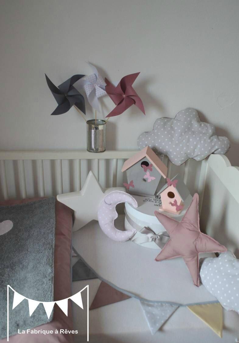 décoration chambre bébé fille rose poudré gris vieux rose blanc ...