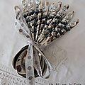 2013 06 Cuillères perles grises