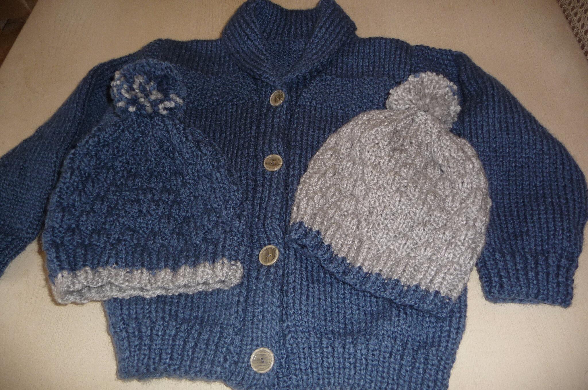 Une veste bien chaude col châle pour enfant