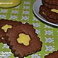Biscuits chocolatés fourrés au citron