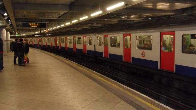 London Underground : rame à quai