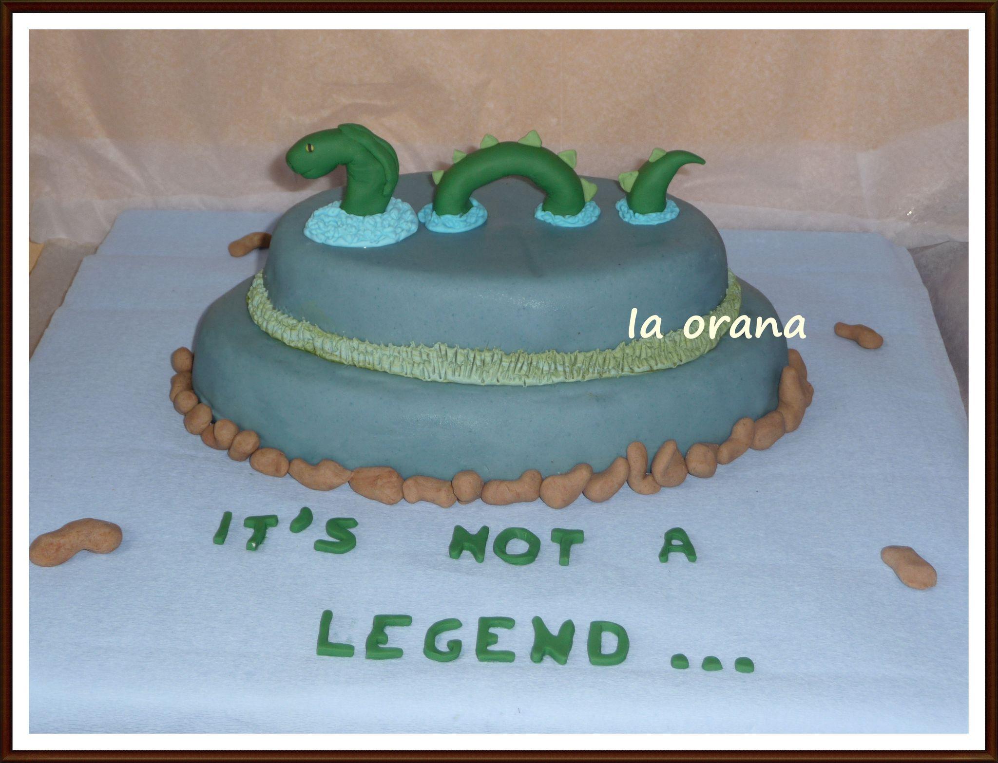 Gâteau le monstre du Loch Ness/Loch Ness monster cake