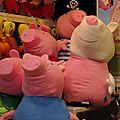 Cochons roses place navona à rome (marché de noël)