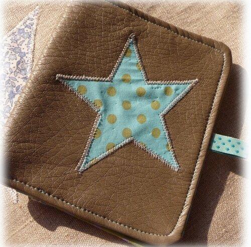Porte-cartes en cuir application étoile