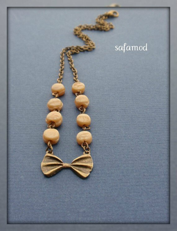 collier-collier-pendentif-ruban-noeud-perle-2501027-p1190059-85918_570x0